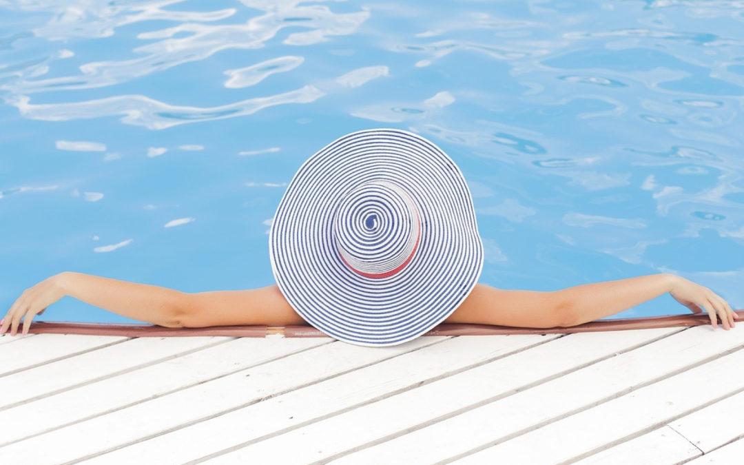 Pourquoi opter pour une terrasse mobile pour piscine ?